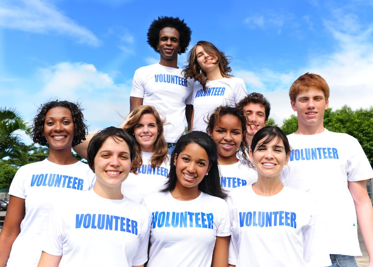 Building and Managing a Volunteer Army